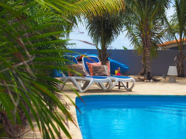 Oasis Guesthouse Bonaire 2-bedroom Grande Suite
