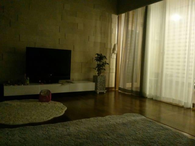 복층 다락방과 옥상 바베큐장이있는 펜트하우스복층아파트^^ - 군산시