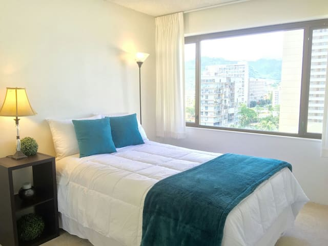 1 BD Condo Full Amenities, Parking - Honolulu - Appartement en résidence