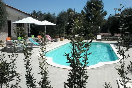 Le Crie Sun Holiday Flat and Pool - Muro leccese - 度假屋