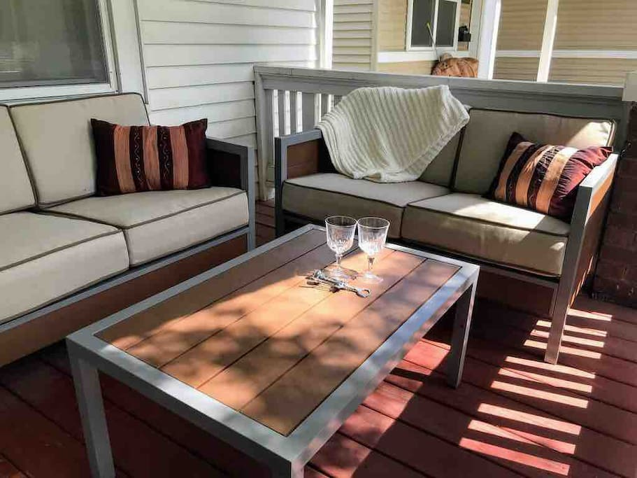 Plenty of seating on the front porch!