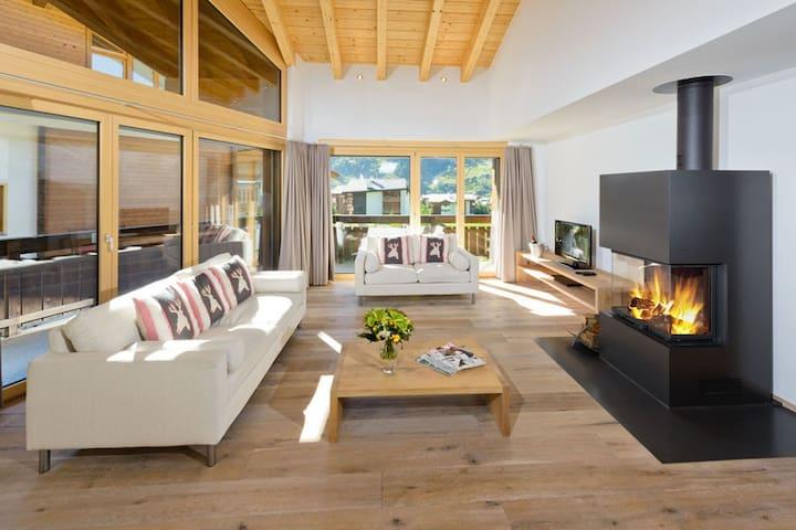 Casa della Vita, (Zermatt), ZermattPremium, 4 1/2 Room attic flat - 2 floor west - 3 bedrooms - 117 m2