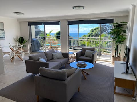 Perfect Family Holiday Unit w Stunning Ocean Views
