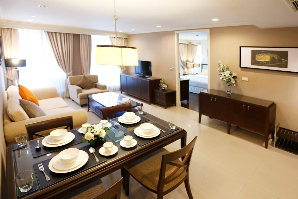 Spacious living room and dinning room