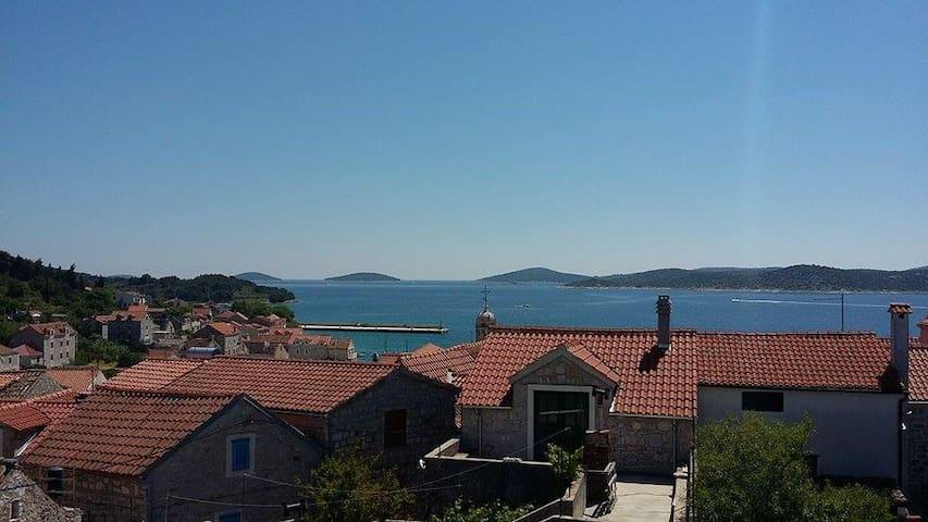 Beautiful islands view - Prvić Šepurine - Pis