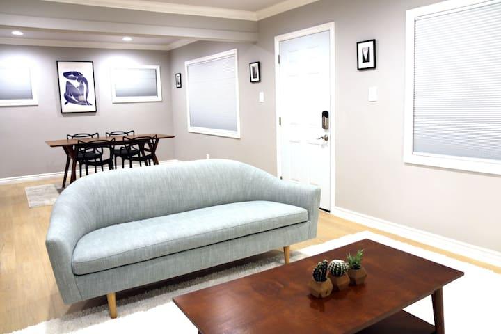 Mid Century Inspired Home DTLA/Art District 可讲中文 - Los Angeles - Dům