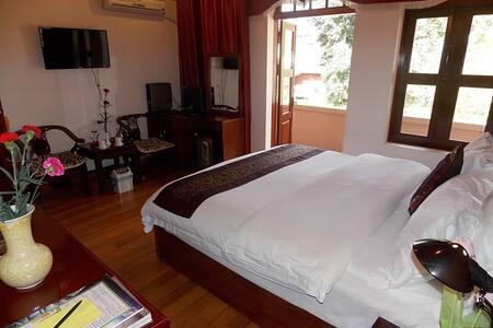 Lovely Balcony Room in Lao Cai - サパ