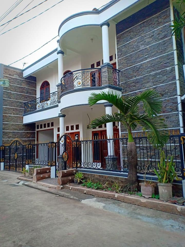 Rumah Novitasri