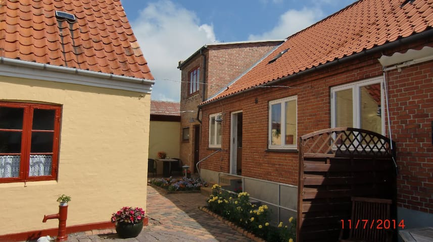 lille sommerlejlighed - Hasle - Rumah