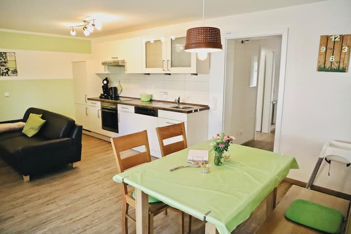 "Enchanting Holiday Apartment ""Ferienwohnung im Wiesle"" on Farm with Wi-Fi & Garden; Parking Available"