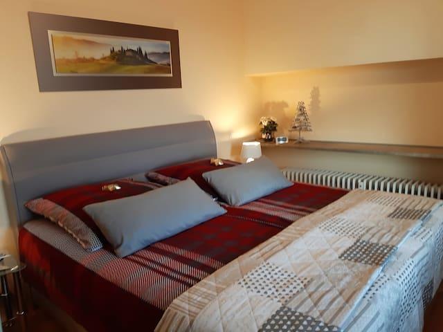 Schlafzimmer im Winter- Weihnachten