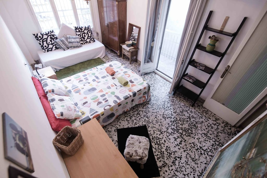 Gigantic Sunny Room In City Centre Up To 5 Ppl Wohnungen Zur Miete In Barcelona Catalu A