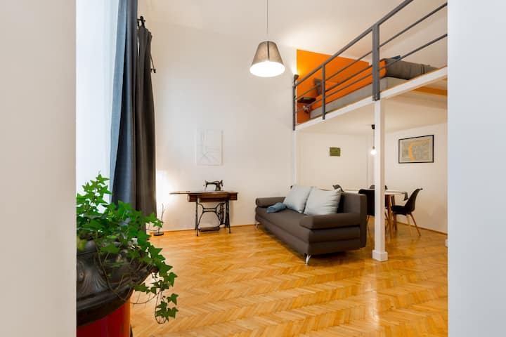 Kis Aldebaran: A jewel in the center of Budapest!