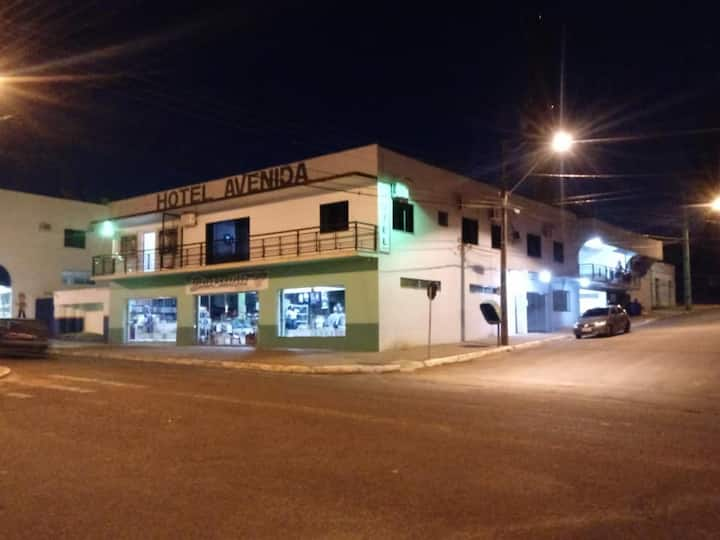 Hotel Avenida - Salto do Lontra - Paraná
