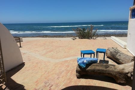 Large Oceanfront house 2 min away from Rabat !