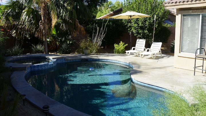 3 bedroom house w/Private Pool, Spa&Golf Course!