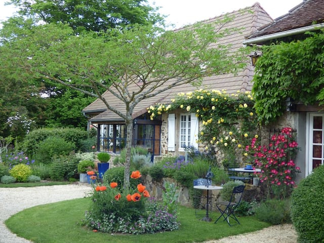 Bed and Breakfast in Brouillet Fleuri