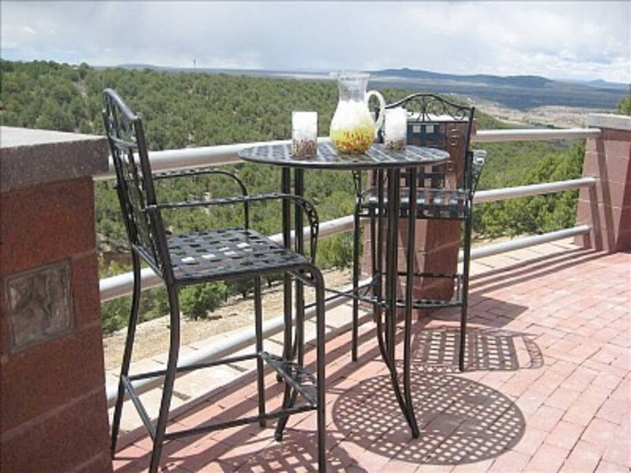 Magaritas on the magnificent brick-pavered outdoor living area--VIEWS, glorious views