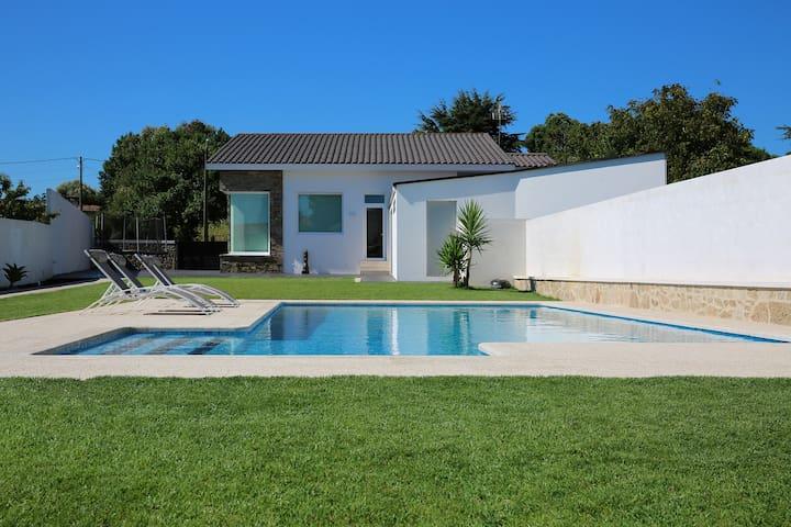 casa con piscina viña de millan