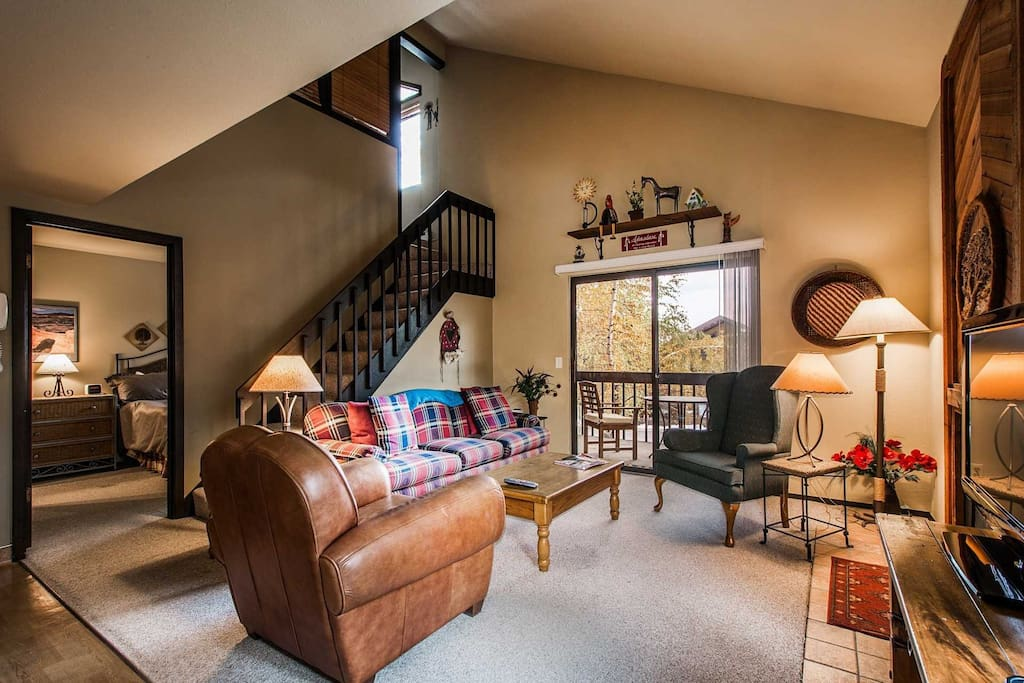 This newly renovated Red Pine Condo near Canyons is the perfect destination year-round for activities and world-class events like Sundance.
