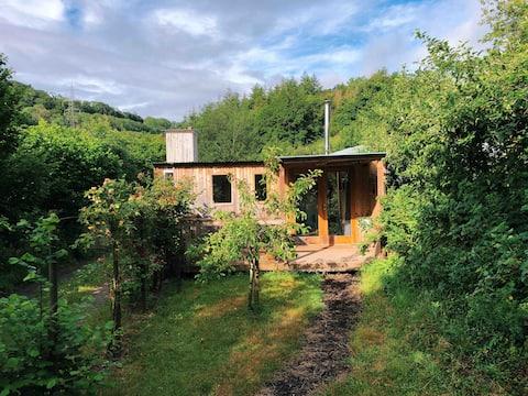 Cosy Rural Retreat on Organic Farm near Dartington