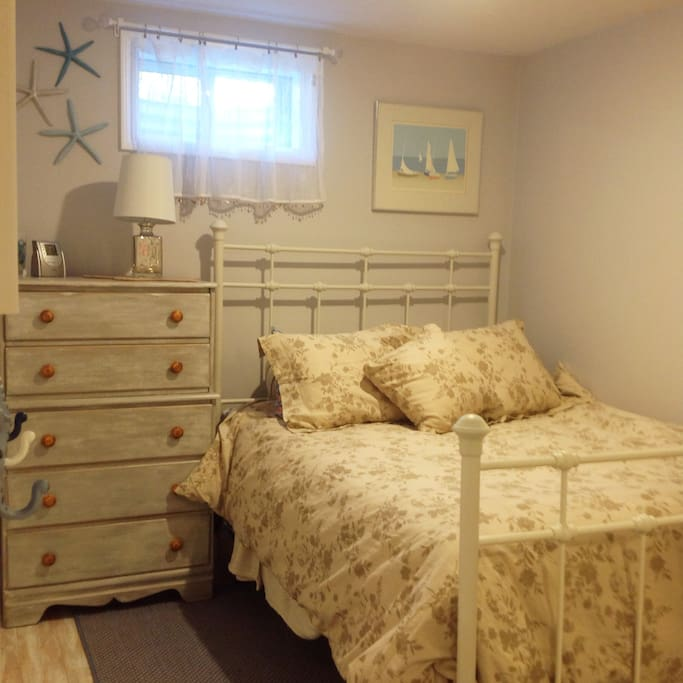 Full size bed and bureau for your use!