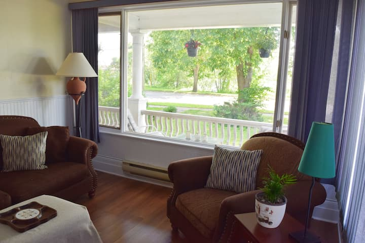 Riverfront Private Suite