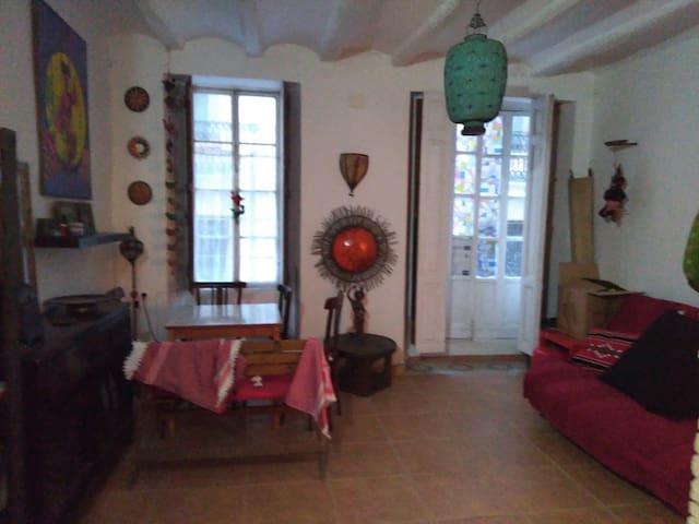 Piso con encanto en centro de Alcoy - Alcoi - Appartement