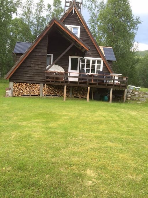 Family cabin, 2 floors, 3 bedroom, in a quiet place in the nature. The left side of the cabin are being renovated summer 2017.