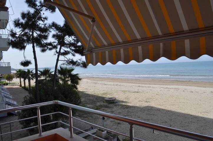 Seaside Apartment - Durrës - Apartament