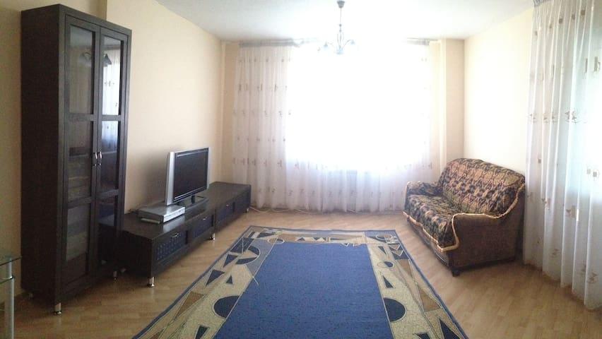 Посуточно 2х ком.ул.кв. 85 кв.м. - Астана - Квартира