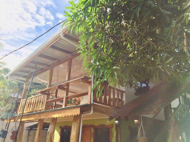 Casa centro 217 Airco-cable-2 bedrooms