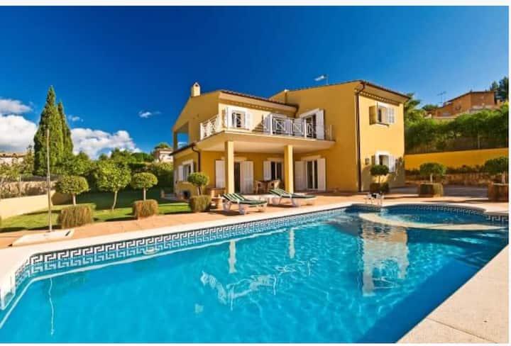 Villa in Costa de la Calma with touristic lisence
