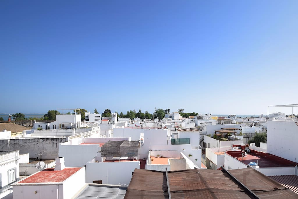 Casa Citrino - The Old Merchant´s House: View to  the town, see, sky and sun