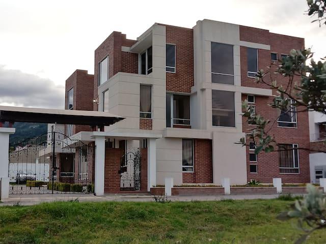 Apartamentos Como En Casa (Tres Dormitorios)