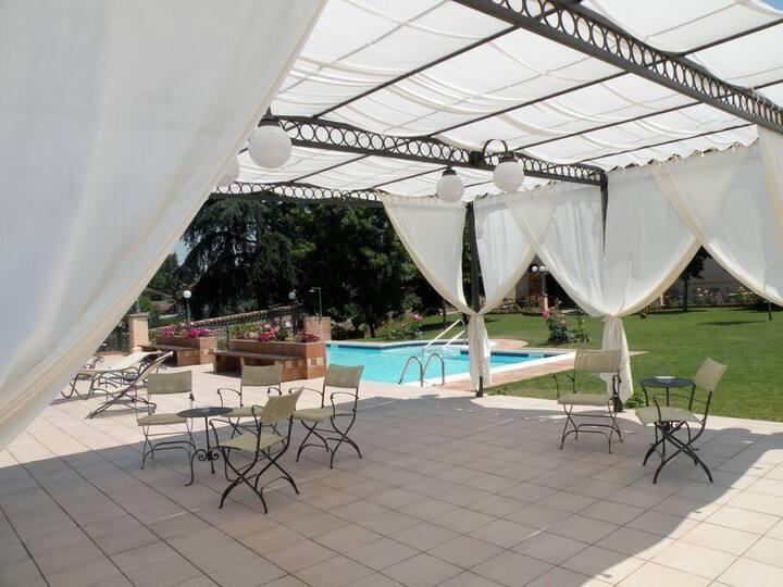 Camera Matrimoniale Cotogno