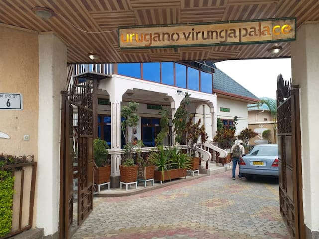 uRuganano Virunga Palace