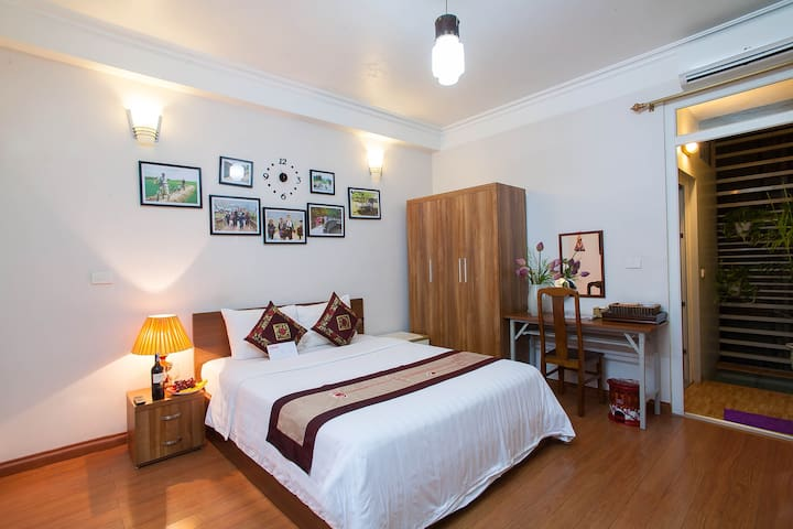 Authentic Homestay in Heart Of Hanoi  Private Room - Hanoi - Huis
