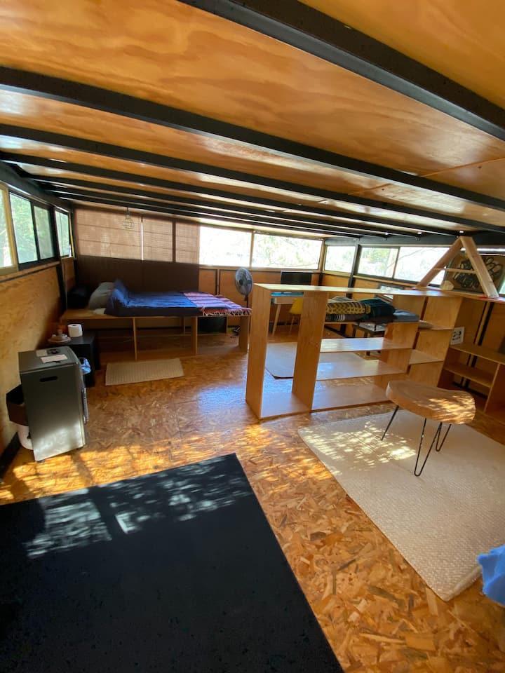ROCKCAMP II Loft Cabin