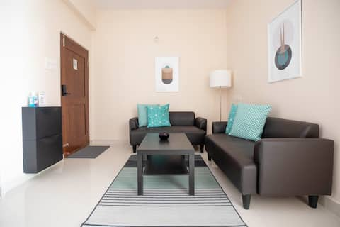 TWIN HAUS - Modern 2BHK In The Heart of Old City