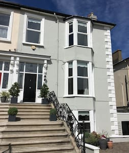 Bray SelfCatering 2 Bed Apartment - Bray