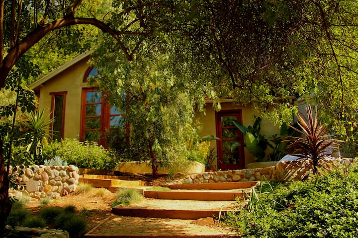 Beautiful Guesthouse in Laurel Canyon