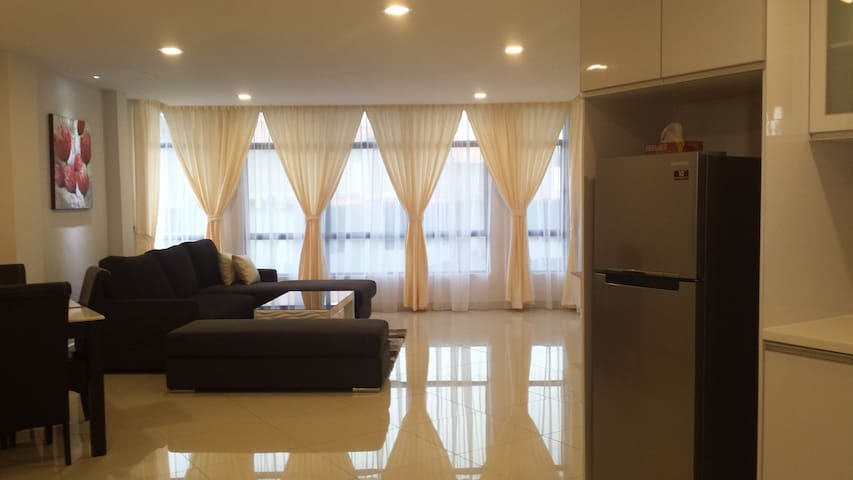 Beach Front 2 Bedroom Suite Apartmt - Balok - Rumah