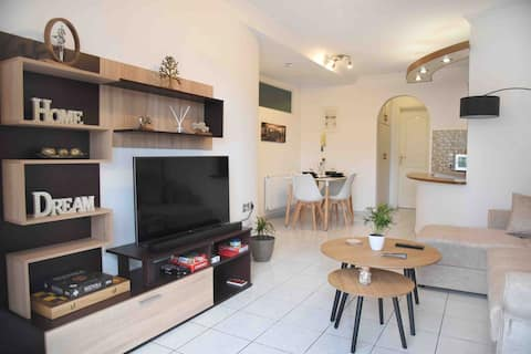 M&D getaway newly renovated, secluded apartment