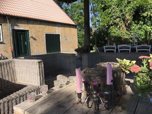 Geweldig verbouwde woonboerderij! - Pijnacker - Casa