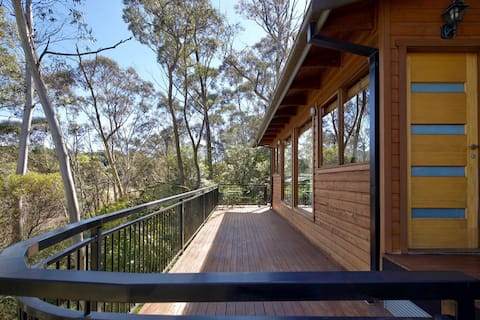 Traveller's Treehouse Katoomba Blue Mountains
