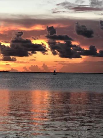 Modern Nautical Townhome at Moonbay Key Largo