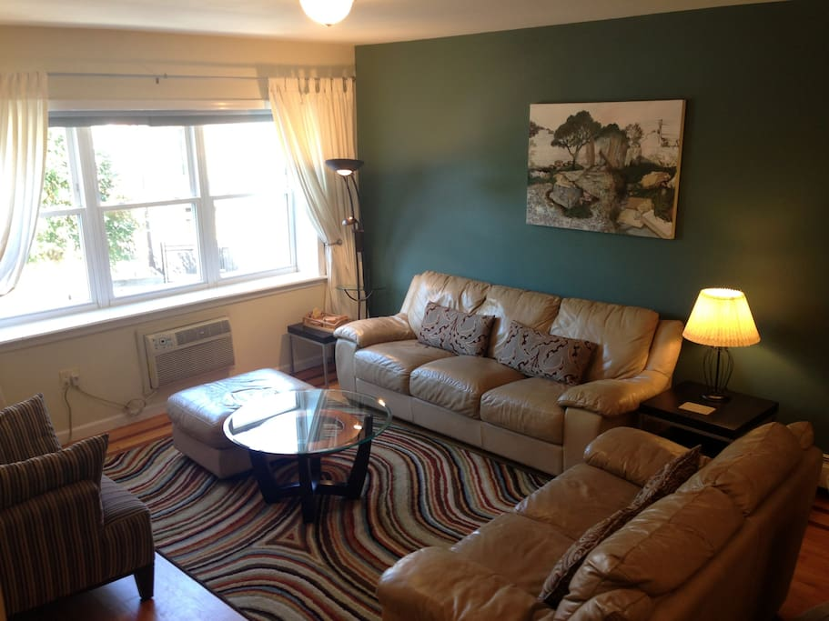 Comfortable 4 bedroom apt in family house condominiums for rent in brooklyn new york united for 4 bedroom apartments in brooklyn