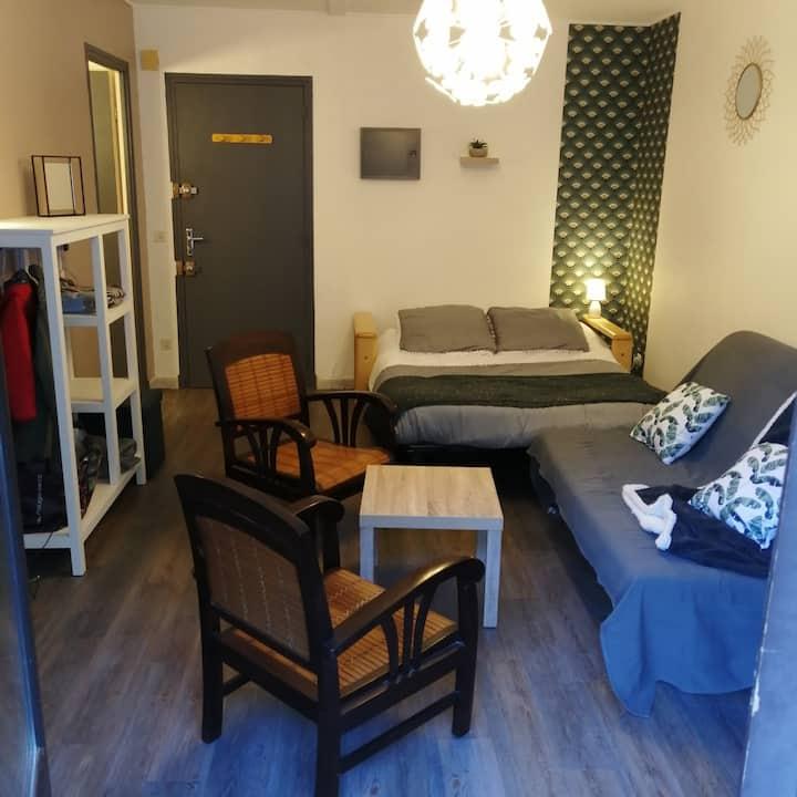 studio spécial curistes 30 m2  à 100 m des thermes