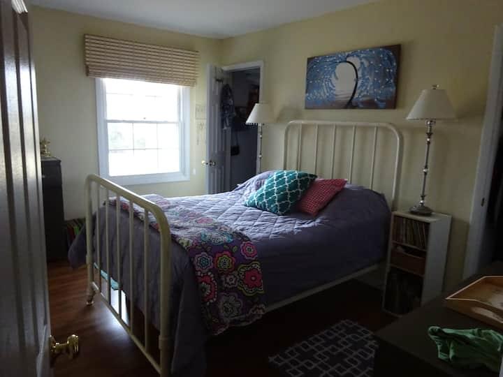 Suburban, Quiet, Clean Room